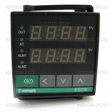 Терморегулатор - контролер E5CS / 220VAC / 0°C до 999°C / за термодвойка тип K / релеен изход